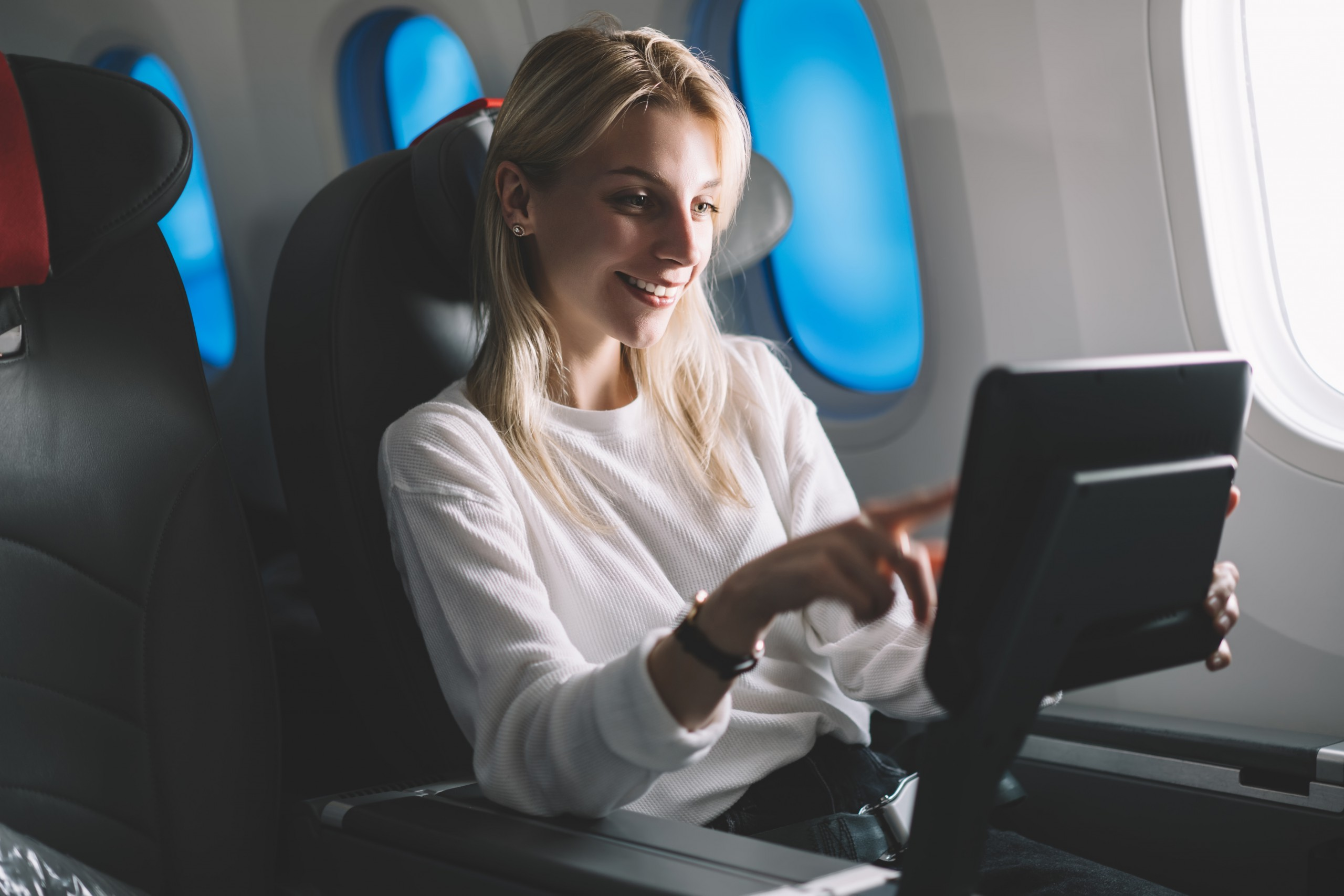 Best Ways to Enhance Your Aircrafts Cabin Entertainment System