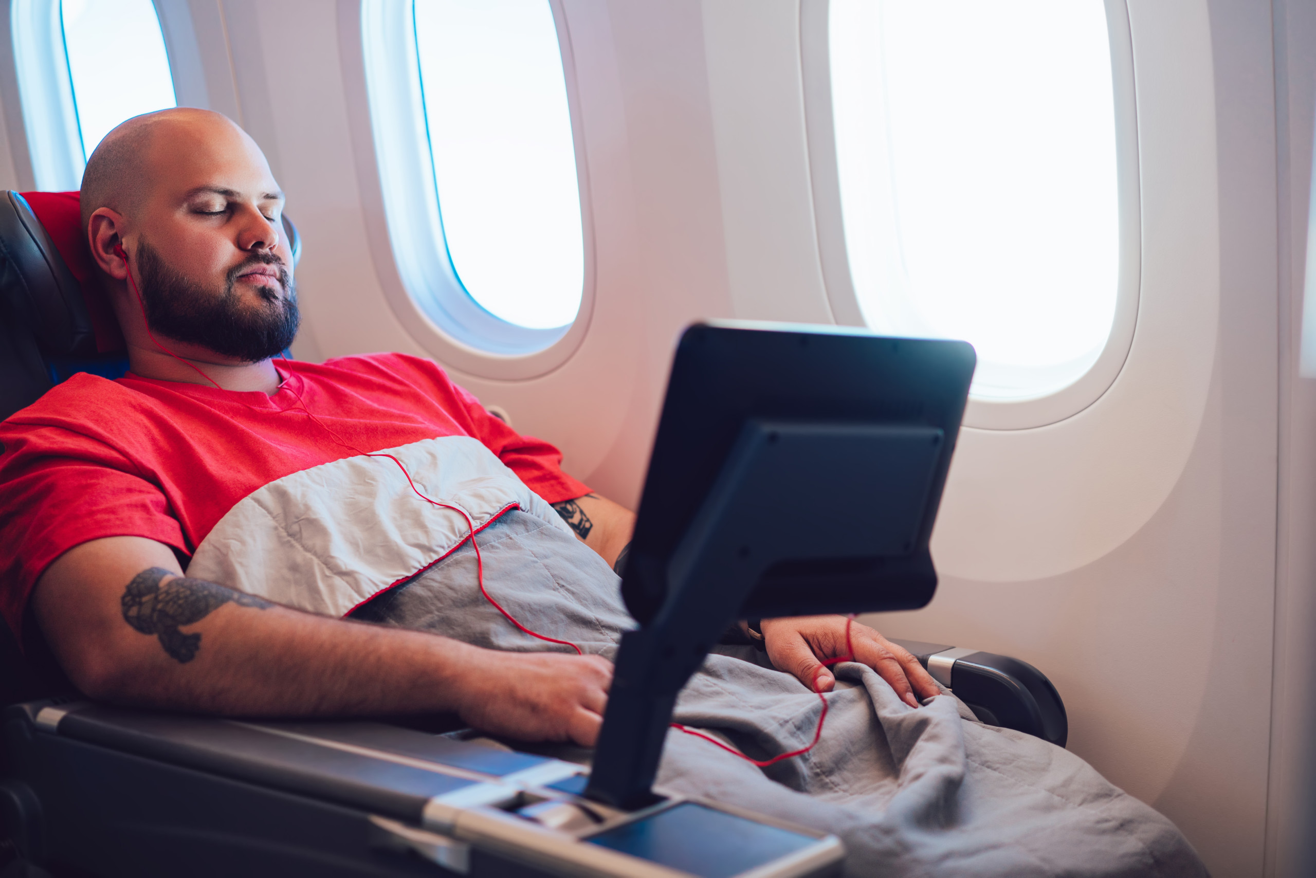 How Personal Electronics Are Changing Inflight Entertainment